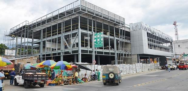 15 frentes de trabajo para terminar el Centro Comercial Armenia