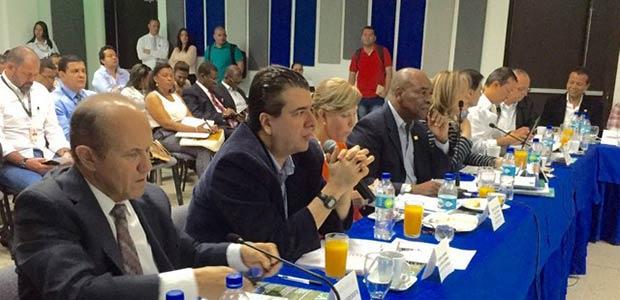 Alcalde de Cartago socializó 17 proyectos en reunión con bloque parlamentario del Valle