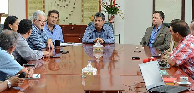 Proyectos CarPaz y placas huella en el Quindío inician de manera formal