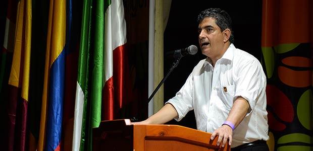 Gobernador del Quindío celebra firma de acuerdo final entre el Gobierno nacional y las Farc