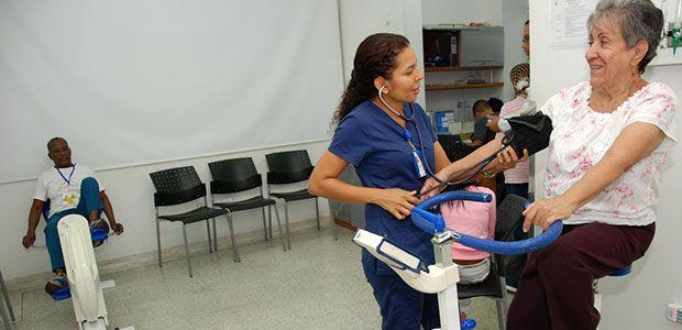 HUV abre programa integral de orto-geriatría para atender fracturas de cadera