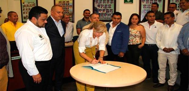 Gobierno del Valle oficializa obras para solución al desabastecimiento de agua potable