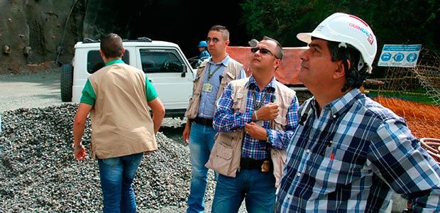 Gobernador del Quindío vela por los derechos de los trabajadores del túnel de La Línea