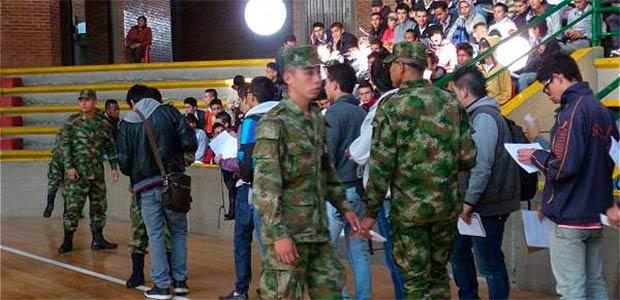 Ampliado el plazo en Cartago para que desplazados entreguen documentos para libreta militar
