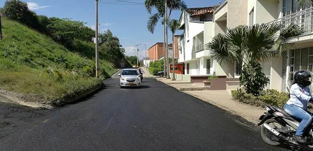 Se interviene en Cartago vía deteriorada y se mejora la movilidad en la comuna siete