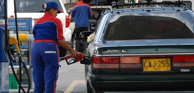 Se pedirá devuelvan a municipios y departamentos recursos de sobretasa a la gasolina