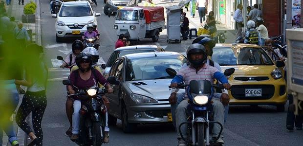 Setta Armenia ha expedido 215 permisos a motociclistas que trabajan en la madrugada