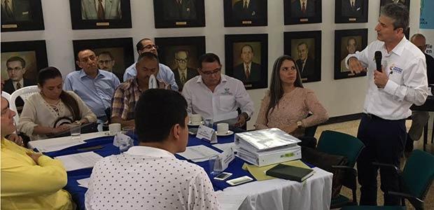 Gobierno del Valle y municipios, a la espera de $41.000 millones para vías terciarias