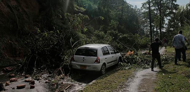 Afectaciones en barrios de Pereira por fuerte lluvia de la tarde del miércoles
