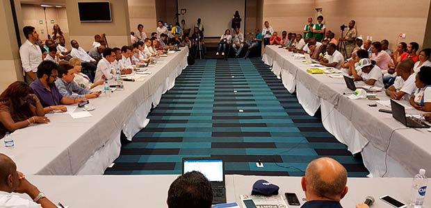 Mediación de la gobernadora del Valle impidió que se rompieran diálogos en Buenaventura