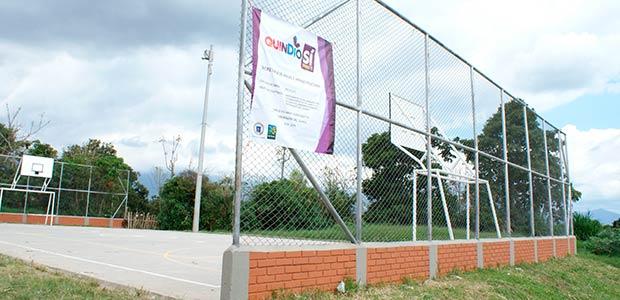Gobernación del Quindío invierte $33 millones en espacios deportivos del barrio las colinas de Armenia