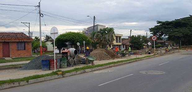Gobierno del Valle suspendió obras en avenida Santa Ana hasta que resuelva procesos con predios