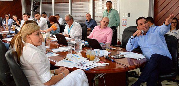 Gobernadora y prosperidad social agilizan obras en municipios del Valle