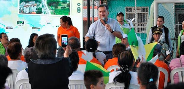 Gobernador recorrió la comuna 8 del municipio de Dosquebradas