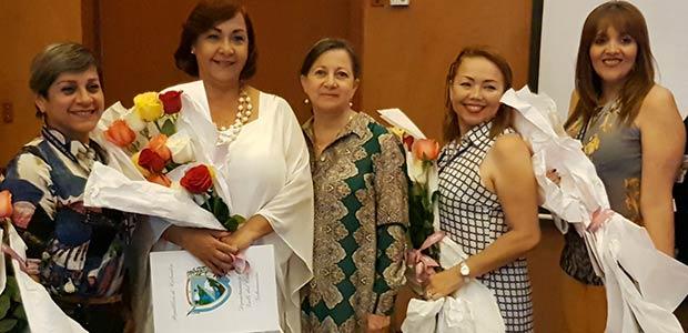 Reconocimiento al trabajo de mujeres que lideran la defensoría del paciente en el Valle