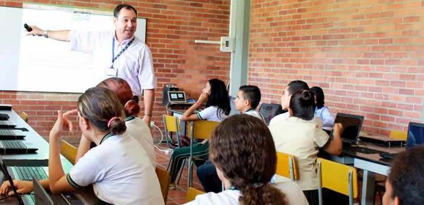 Instituciones educativas oficiales de Cartago inician el año escolar 2018, este 22 de enero