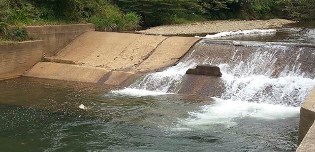 La UES mejorará acueductos a 1.200 familias que habitan zonas rurales extremas del Valle