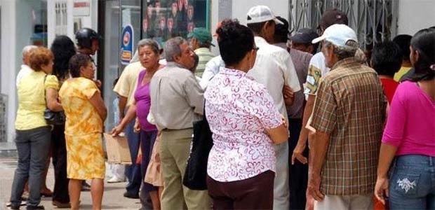 Desde hoy adultos mayores de Cartago pueden cobrar el subsidio de marzo y abril