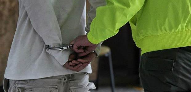 Capturan a dos policías vinculados con organización dedicada al tráfico de drogas