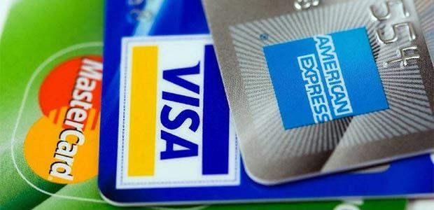 Fuerte rechazo a IVA para comisiones de tarjetas débito y crédito