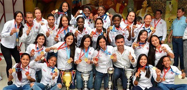 Las niñas de la Selección Valle fueron homenajeadas por título ganado en Paraguay