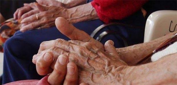 Buscan a los familiares de dos adultos mayores en Cartago