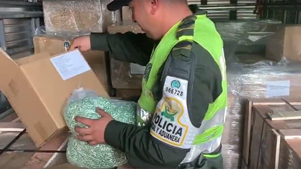 En Dagua incautan cargamento con más de 2 millones de Vitaminas de contrabando
