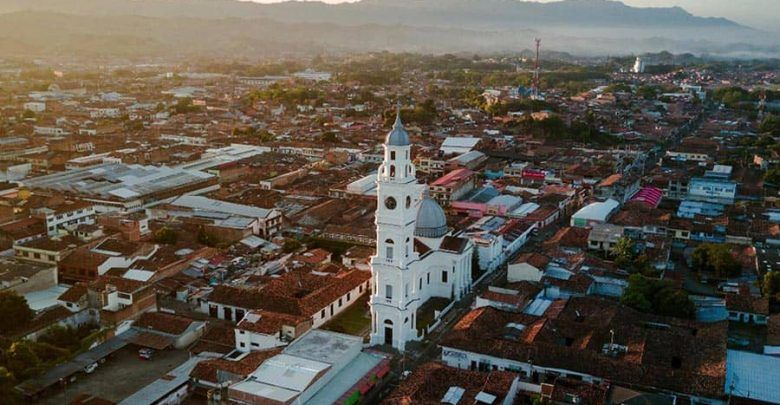 Cartago se acoge al Toque de queda y pico y cédula departamental