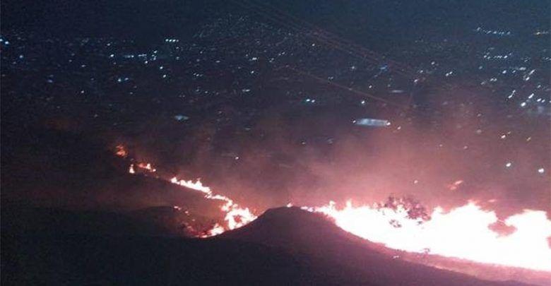 Voraz incendio en Yumbo cerca de destruir dos barrios