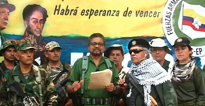Márquez y Santrich anuncian en vídeo que vuelven a las armas