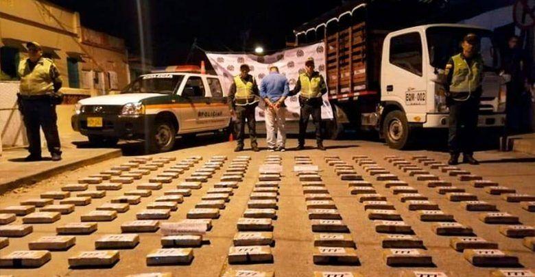 Hombre que transportaba más de 174 kilos de cocaína, fue capturado en Toro, norte del Valle