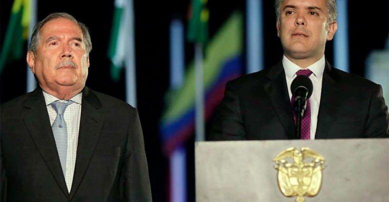 Renunció el Ministro de Defensa Guillermo Botero