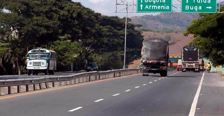 A revisión mantenimiento de la malla vial del Valle que está a cargo de Invías