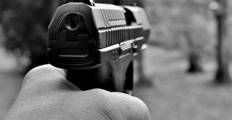 En Cali joven muere por disparo en la cabeza