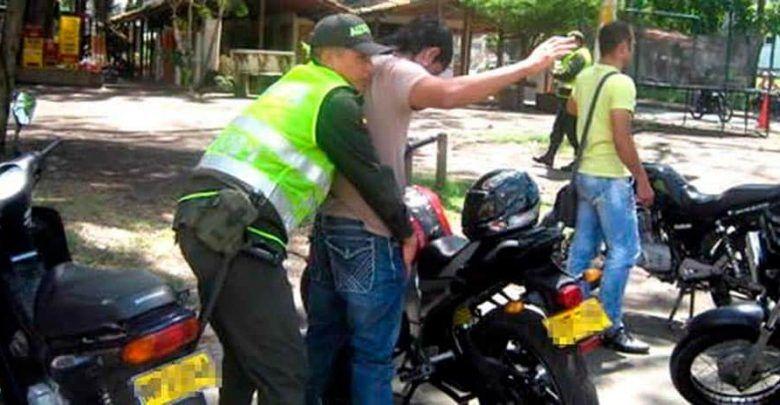Restringen circulación de motos en Cartago en navidad y año nuevo