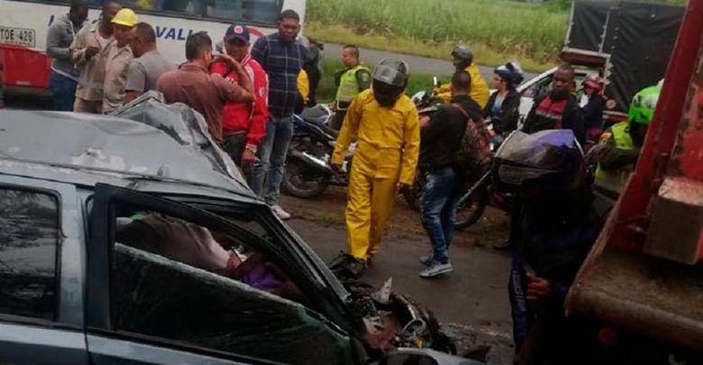 Cuatro personas fallecieron en accidente en la vía Cali-Candelaria