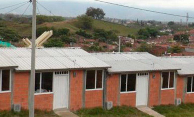 Se hará entrega de viviendas a familias en proceso de reubicación en Cartago