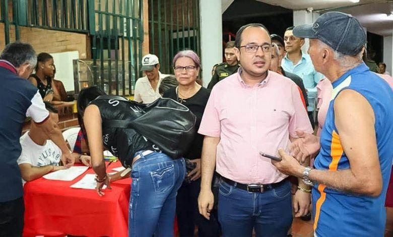 Encuentro social con los habitantes de la Comuna Uno  en Cartago