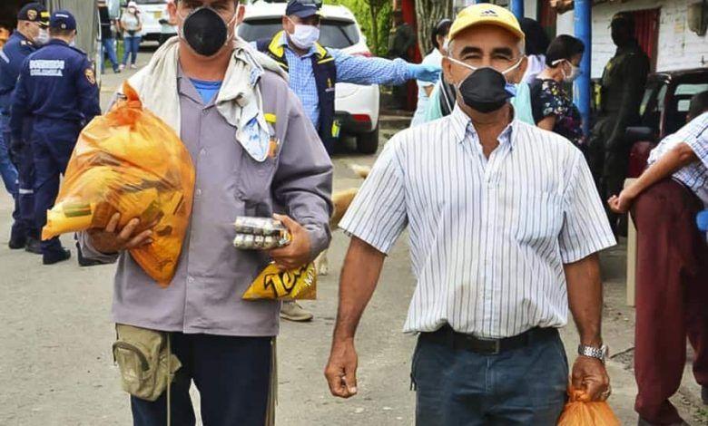 Photo of Gobierno de Cartago entrega ayudas a población vulnerable