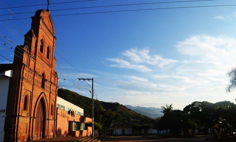 Tres concejales y nueve exconcejales de Roldanillo sancionados por la Procuraduría