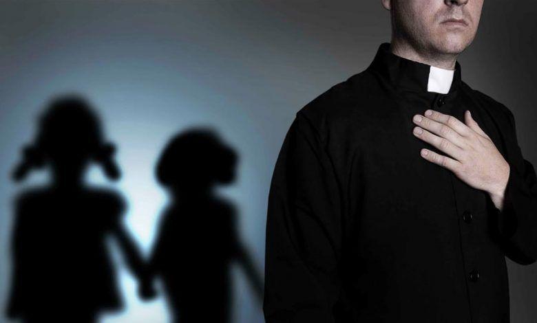 Photo of Suspenden a 19 sacerdotes católicos de Colombia por presunto abuso sexual