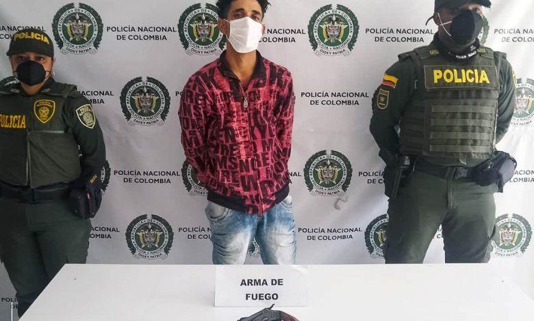 En Cartago dan prisión domiciliaria para atracador de origen venezolano
