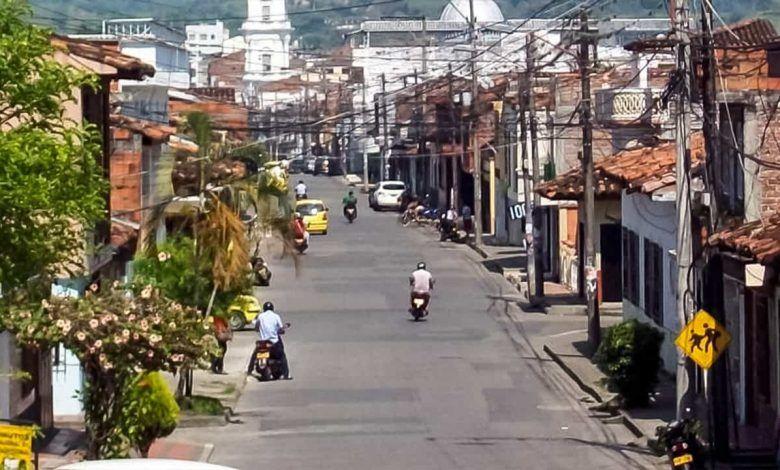 Según el Alcalde de Cartago, personas con COVID-19 no están respetando la cuarentena