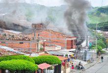 Fuertes explosiones, generaron pánico en un barrio de Cartago