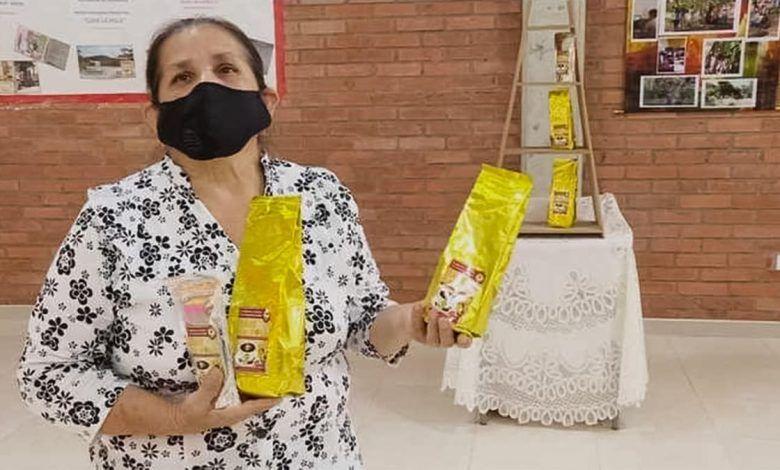 Entregan recursos a emprendimiento de café orgánico de la I.E. José María Falla de El Dovio
