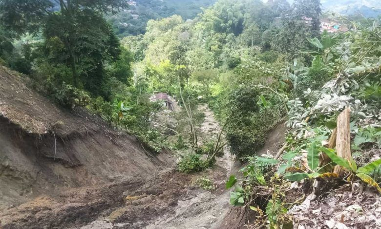 Siete familias afectadas dejó deslizamiento de tierra en la vereda La Palma de La Virginia