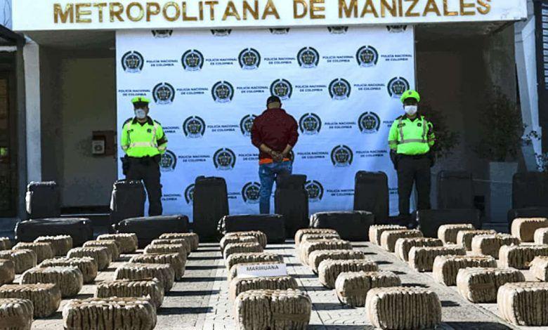 Incautan 800 kilos de marihuana en la vía Chinchiná – Medellín