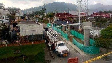 Anormalidad vial por instalación de puente peatonal en La Popa