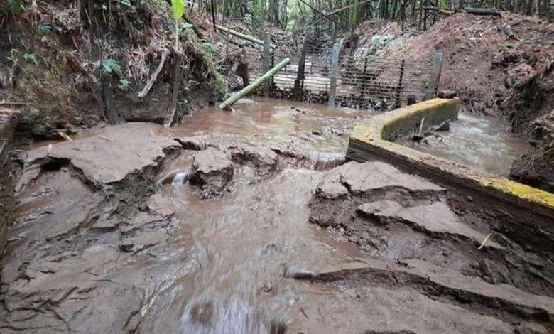 Obras en carretera, afecta acueducto en vereda de Salento