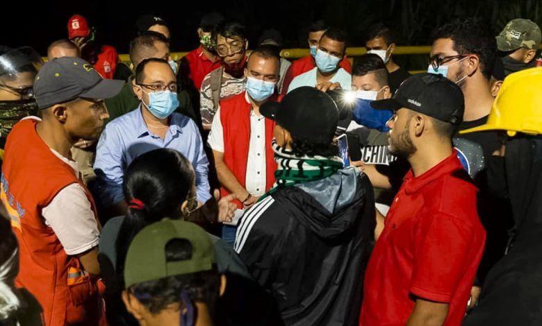 Alcalde de Cartago dialogó con manifestantes en Puente de Bolívar